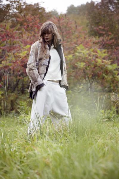 PAS DE CALAIS Reversible Fur Parka / PAS DE CALAIS Bateau Neck Sweater / PAS DE CALAIS Drop-Rise Trousers